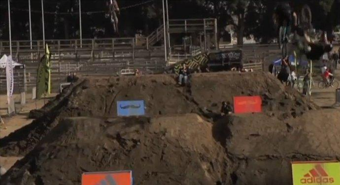 Andrew Taylor Mountain Bike Dirt Jumps - Best Trick 2011