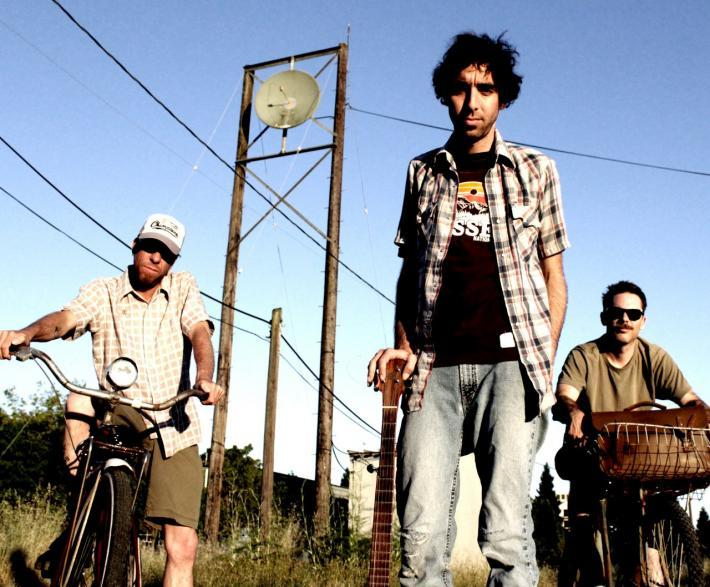 Derailed Freight Train, Semi Evolved Simians, Starskate   live Sat July 2nd at A